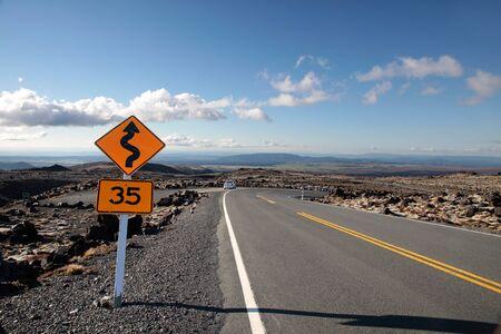 raod: Raod at Mount Ruapehu, Tongariro National Park, New Zealand
