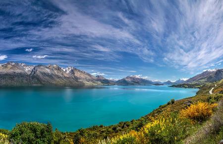 퀸스 타운 및 글 레노 키, 오 타고, 사우스 아일랜드, 뉴질랜드 사이 호숫가