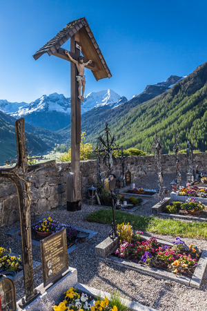 campo: Cemetery  mountain village in Campo Tures, South Tyrol, Italy Stock Photo