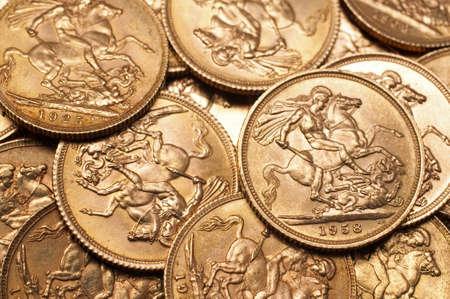 Hintergrund der britischen souveränen Goldmünzen Standard-Bild