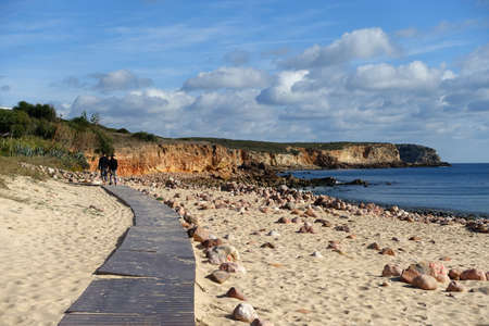Walking on the beach in winter in Portugal Standard-Bild