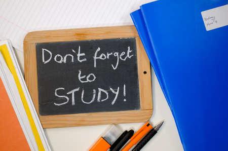Erinnerungsschrift vergiss nicht zu lernen
