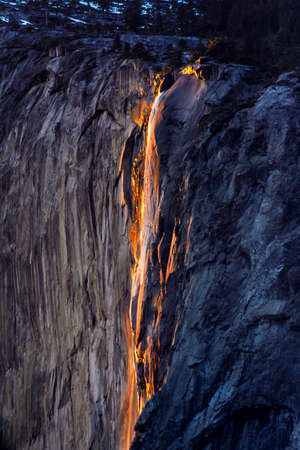 occurs: A unique fiery golden Horsetail Falls specifially occurs at sunset time during a 2-week special season of the year in February.