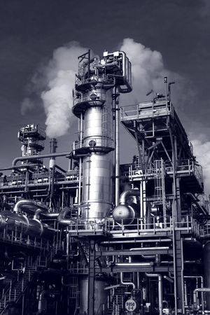 steam turbine: Pipes, tubes, machinery at a oil refinery plant  Stock Photo