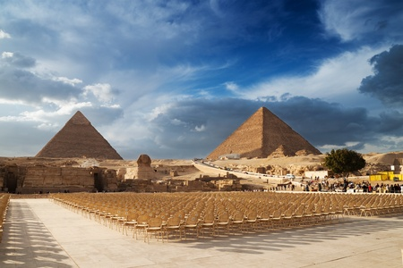 Sphinx: The Pyramids in Egypt