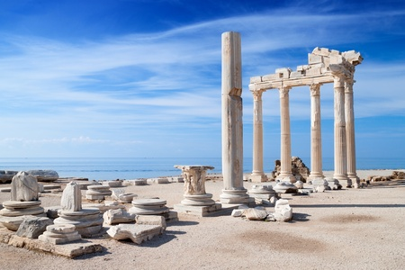 greek gods: Temple of Apollo ancient ruins