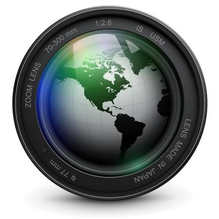 camera lens: Camera foto lens met earth globe in Stock Illustratie