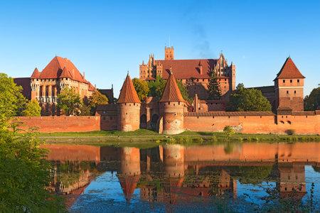 teutonic: Castello di Malbork, Fortezza dei Cavalieri Teutonici noto anche come Marienburg