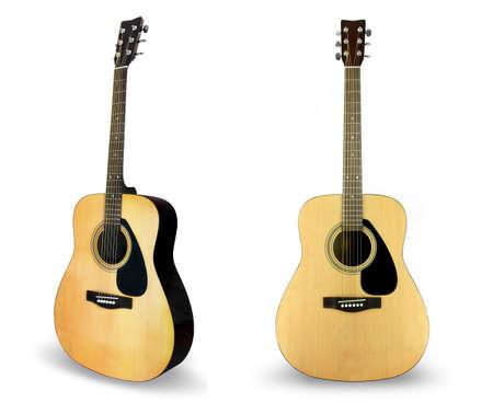 guitarra acustica: Guitarra individual aislado en blanco Foto de archivo