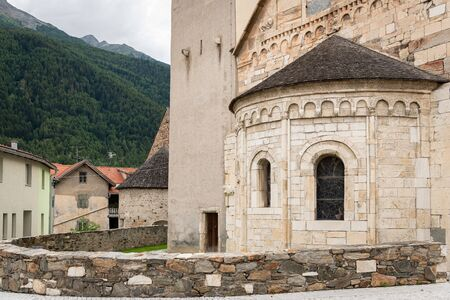 Church St. Johannes in Laas (South Tyrol, Italy) on a cloudy evening in summer Stockfoto