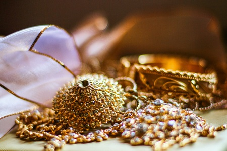 gold: Jewelry for Thai stytle clothing bride