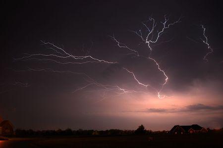 severe weather: Lightning