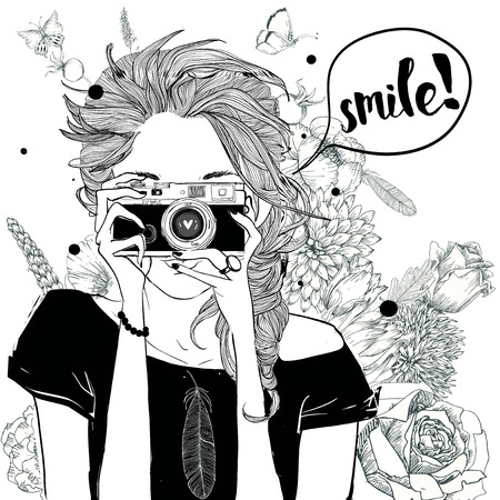 카메라와 스케치 스타일의 귀여운 패션 소녀
