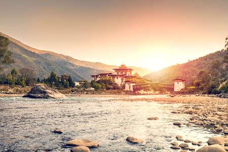 Sunset at the Dzong in Punakha (Bhutan)