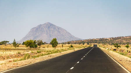 An open road in Ethiopia 스톡 콘텐츠