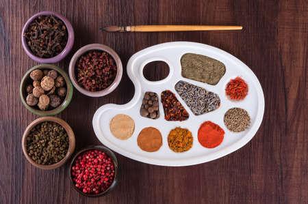 Palet van kleuren van kruiden en specerijen