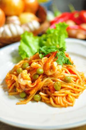 Spaghetti with shrimp sauce photo