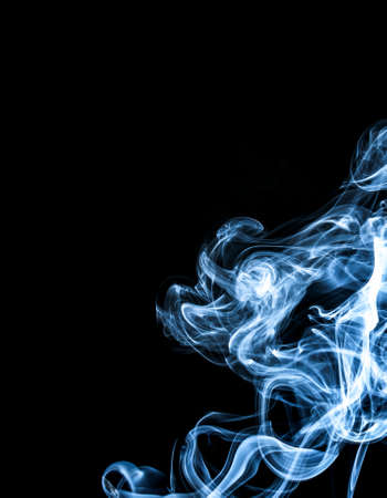 smoke: Witte rook op zwarte achtergrond Stockfoto