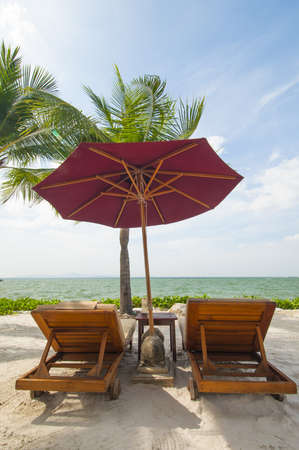 Vacation Image Of Beach Umbrella And Loungers On Tropical Beach Stock Photo - 16944678