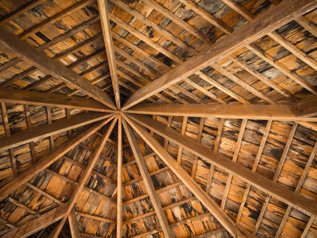ceiling construction: Wood tile roof