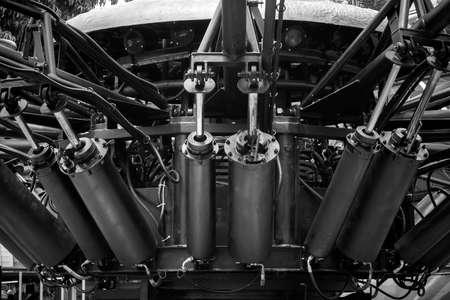 Hydraulic cylinder install in machine 스톡 콘텐츠