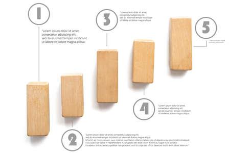 grafica de barras: Apilamiento de bloques de madera como escalera. Concepto de negocio para el proceso del éxito del crecimiento con el texto del ejemplo para el uso. Foto de archivo