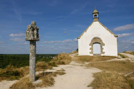 michel: Tumulus Saint Michel church in Carnac, France