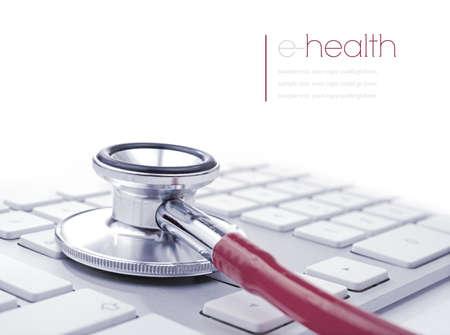 equipos medicos: Imagen del concepto de e-salud o alternativamente ordenador  PC salud. Copiar el espacio. Foto de archivo