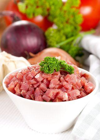 pancetta cubetti: prosciutto a dadini fresca in ciotola