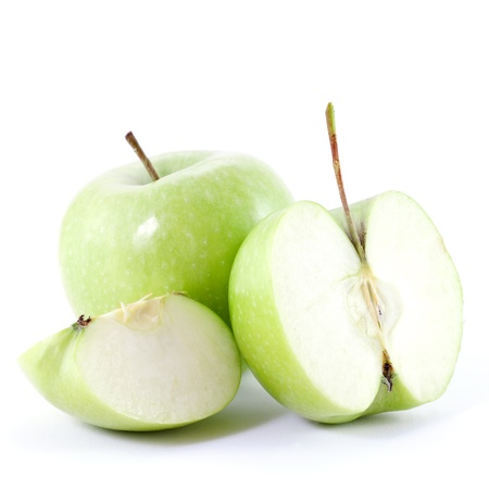 granny smith: granny smith sliced and isolated on white background
