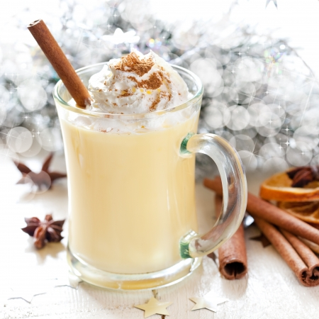 fresh eggnog with cream for christmas  Stock Photo