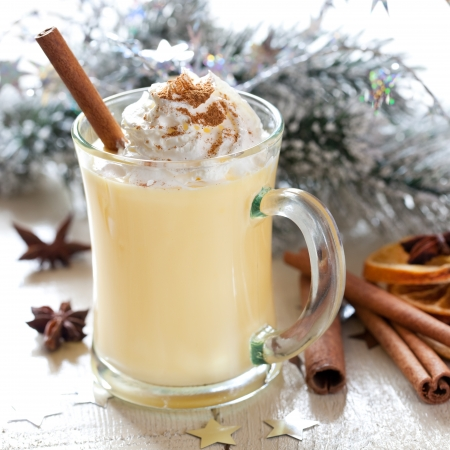 punch spice: fresh eggnog with whipped cream