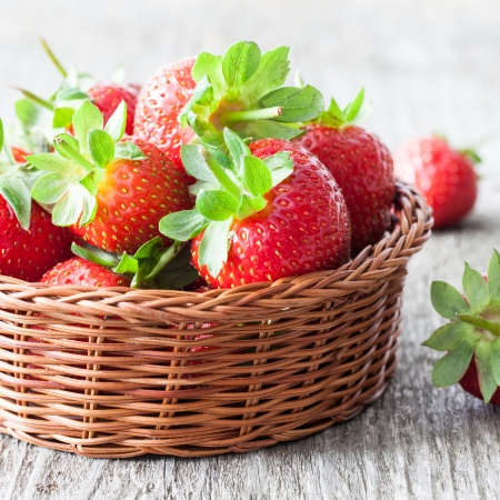 fresh strawberries in a basket photo