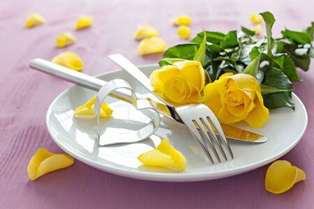 用玫瑰和心形的地方设置