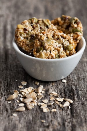 sunflower seeds: wholemeal cookies in a bowl with oats