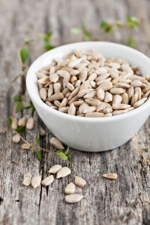 semillas de girasol: semillas de girasol en un tazón