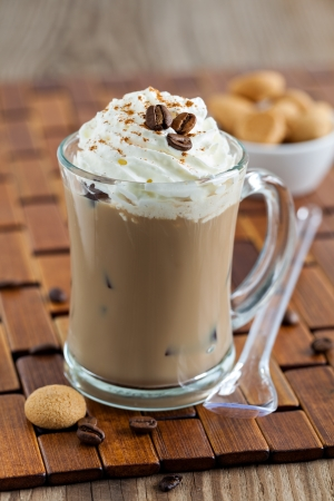 cold: iced coffee with cream