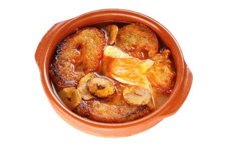 sopa: sopa de ajo , castilian garlic soup , spanish food