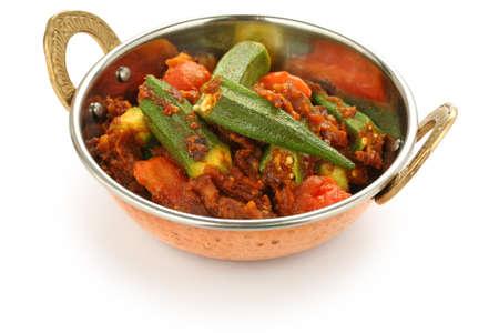 masala: bhindi masala, curry de la okra Foto de archivo