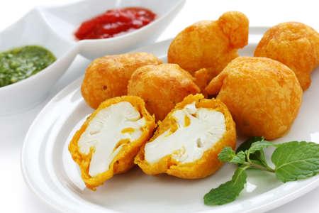 fritter: cauliflower pakora , indian cuisine