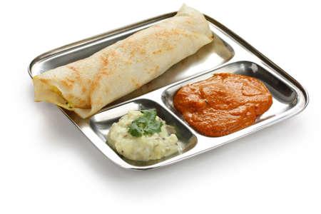 마사라 DOSA, 바삭한 국수 박제 양념 감자, 남쪽 인도 음식 스톡 콘텐츠