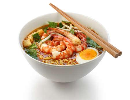 noodles: prawn mee, prawn noodles