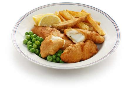 fish and chips: pescado y patatas fritas, comida británica