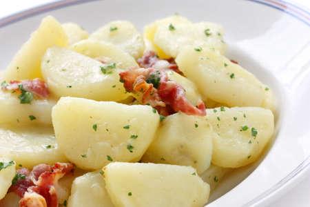 comida alemana: Kartoffelsalat, ensalada de papa alemana