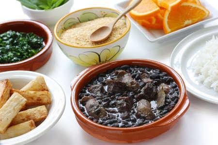 feijoada, frijoles negros y estofado de carne, la cocina brasile�a