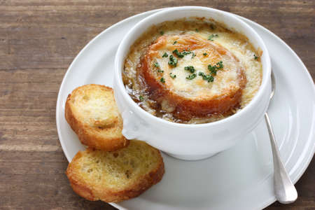 french cuisine: french onion gratin soup