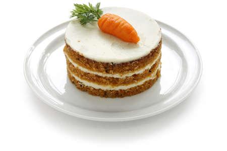 trozo de pastel: pastel de zanahoria hecho en casa
