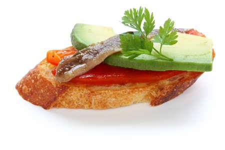pincho, espagnol canape avec anchoy, l'avocat et le paprika