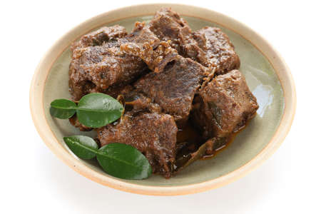 rendang carne, cozinha indonésia