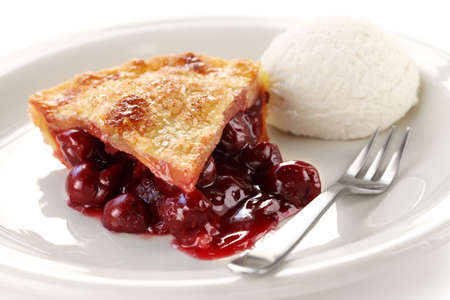 cherry pie: cherry pie with ice cream